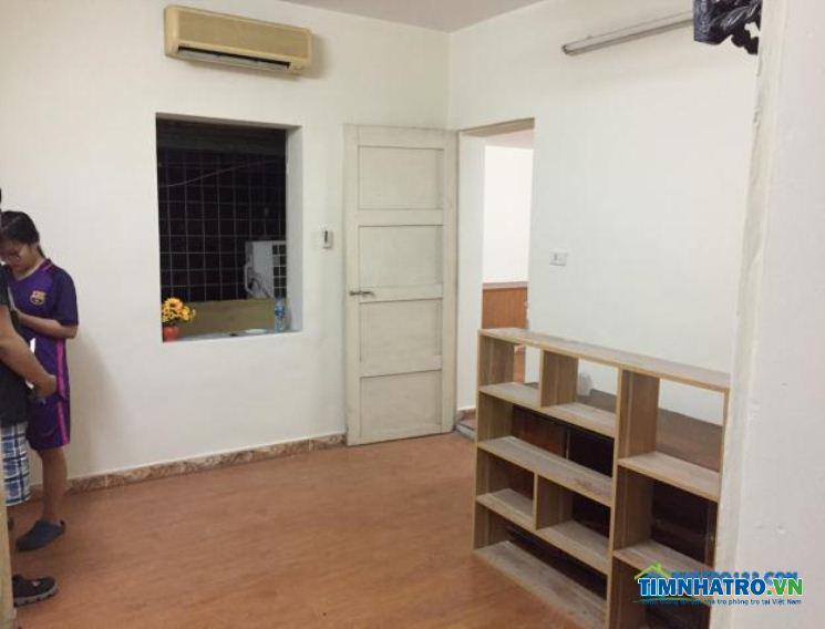 Cho thuê căn hộ 65m2 2 pn phố tôn thất tùng