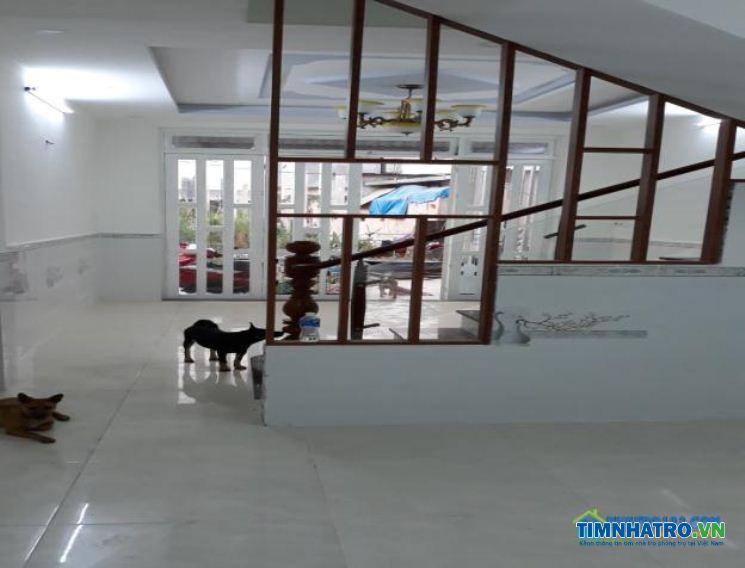 Chính chủ cho thuê nhà nguyên căn mới xây sạch đẹp, nhà trong hẻm gần đường lê văn khương giáp q12.
