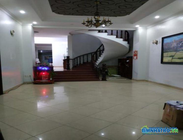 Phòng trọ cho thuê dài hạn 40m2 tiện nghi đường huỳnh văn bánh, phú nhuận