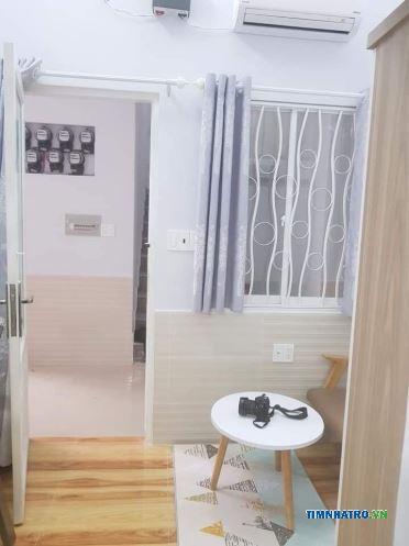 Cho thuê phòng có máy lạnh, có gác, ful nội thất tại 654/32 lạc long quân, p. 9, q. tân bình