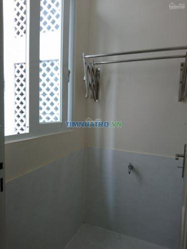 Phòng trọ đầy đủ nội thất dương bá trạc, q8, giá 5 triệu/th liên hệ: 0909585089 chị huyên