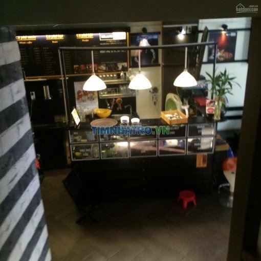 Phòng cho thuê mặt tiền phố ẩm thực vĩnh khánh . q4