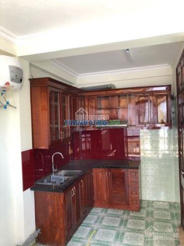 Nhà 56a thợ nhuộm còn 2 phòng cho thuê, giá chỉ 4.3- 4.5tr/ tháng/ 1 phòng