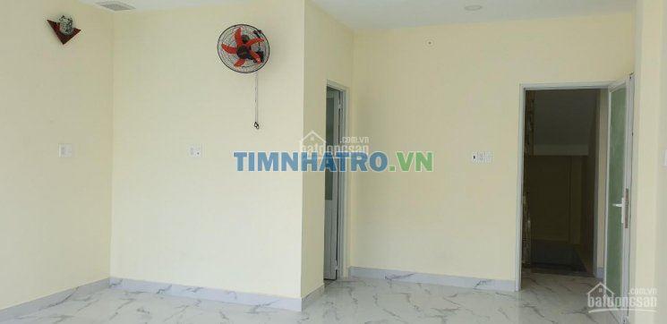 Q3 - cho thuê phòng mới 100%, máy lạnh, yên tĩnh, dt: 35m2, giá: 4,5 triệu/tháng