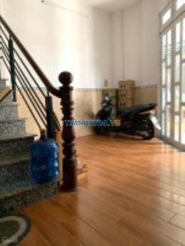Cho thuê phòng trọ tiện nghi 4tr/tháng. liên hệ 0908230084 (cô hồng)
