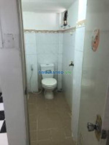 Cho thuê phòng 20m2 sạch sẽ ở đường ông ích khiêm, quận 11, lhcc 0938435017
