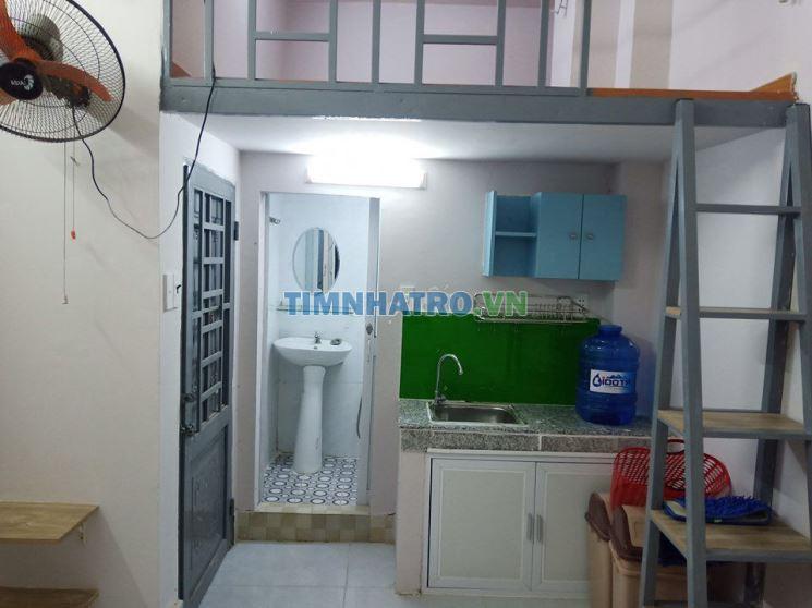 Cho thuê phòng gác bếp wc máy lạnh giờ tự do