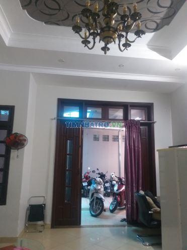 Phòng trọ 40m2, đường huỳnh văn bánh, phú nhuận