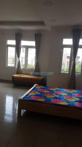 Cho thuê căn hộ cao cấp tại số 29 văn chung, p 13, quận tân bình, full đồ, thoáng mát