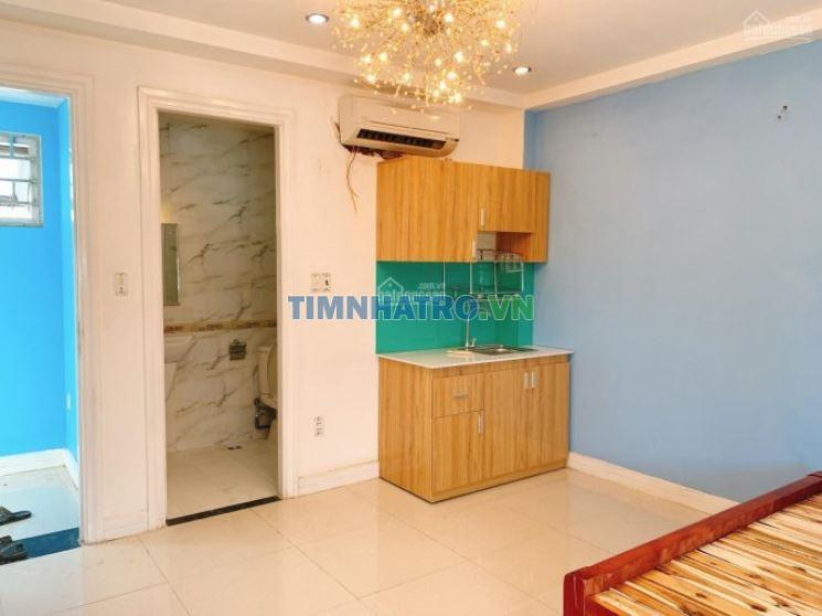 Phòng nội thất khách sạn trung tâm q7, có bồn tắm nằm sang chảnh