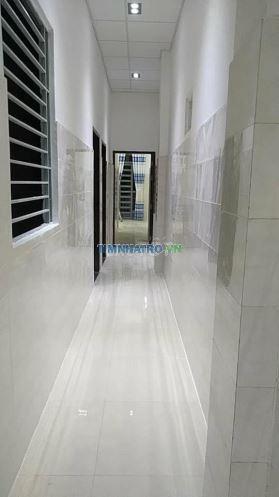Phòng mới thoáng ngay thạch lam lũy bán bích 16m2