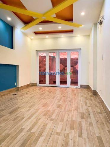 Cho thuê phòng ở 222 bạch đằng, quận bình thạnh 35m2 có máy lạnh, sàn gỗ, bancong riêng